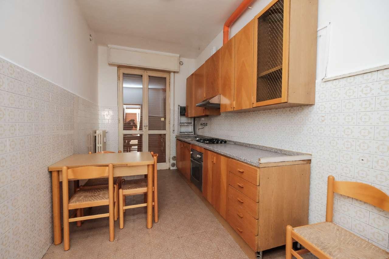Appartamento in vendita a Brembate, 3 locali, prezzo € 85.000 | PortaleAgenzieImmobiliari.it