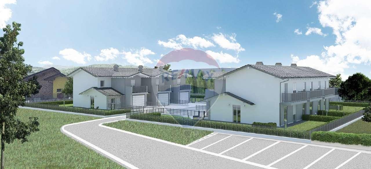 Rustico / Casale in vendita a Medolago, 17 locali, prezzo € 700.000 | PortaleAgenzieImmobiliari.it