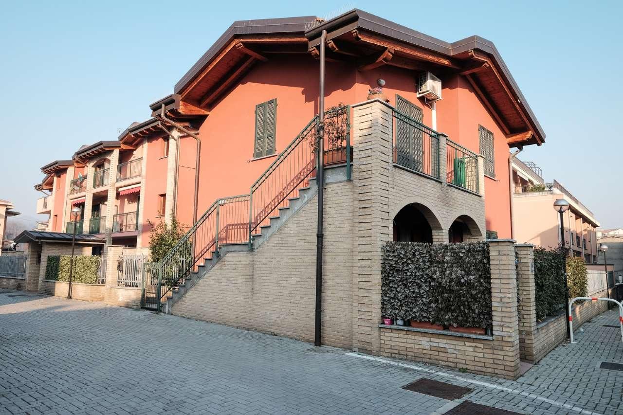 Appartamento in vendita a Calusco d'Adda, 2 locali, prezzo € 95.000 | CambioCasa.it