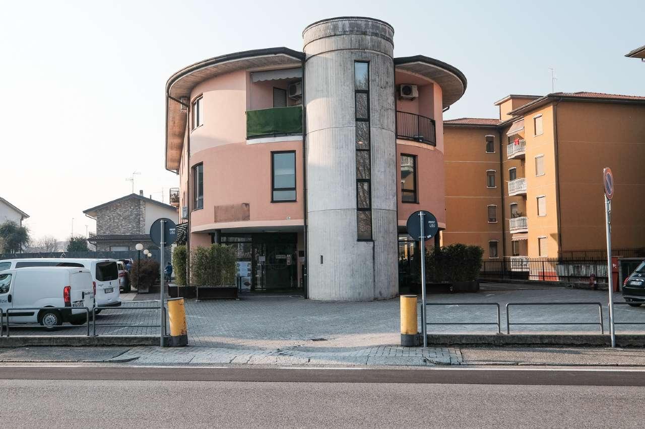 Ufficio / Studio in vendita a Madone, 2 locali, prezzo € 69.000 | CambioCasa.it
