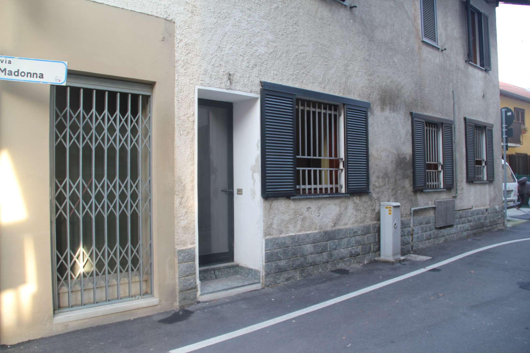 Appartamento in vendita a Trezzano Rosa, 2 locali, prezzo € 59.000 | PortaleAgenzieImmobiliari.it