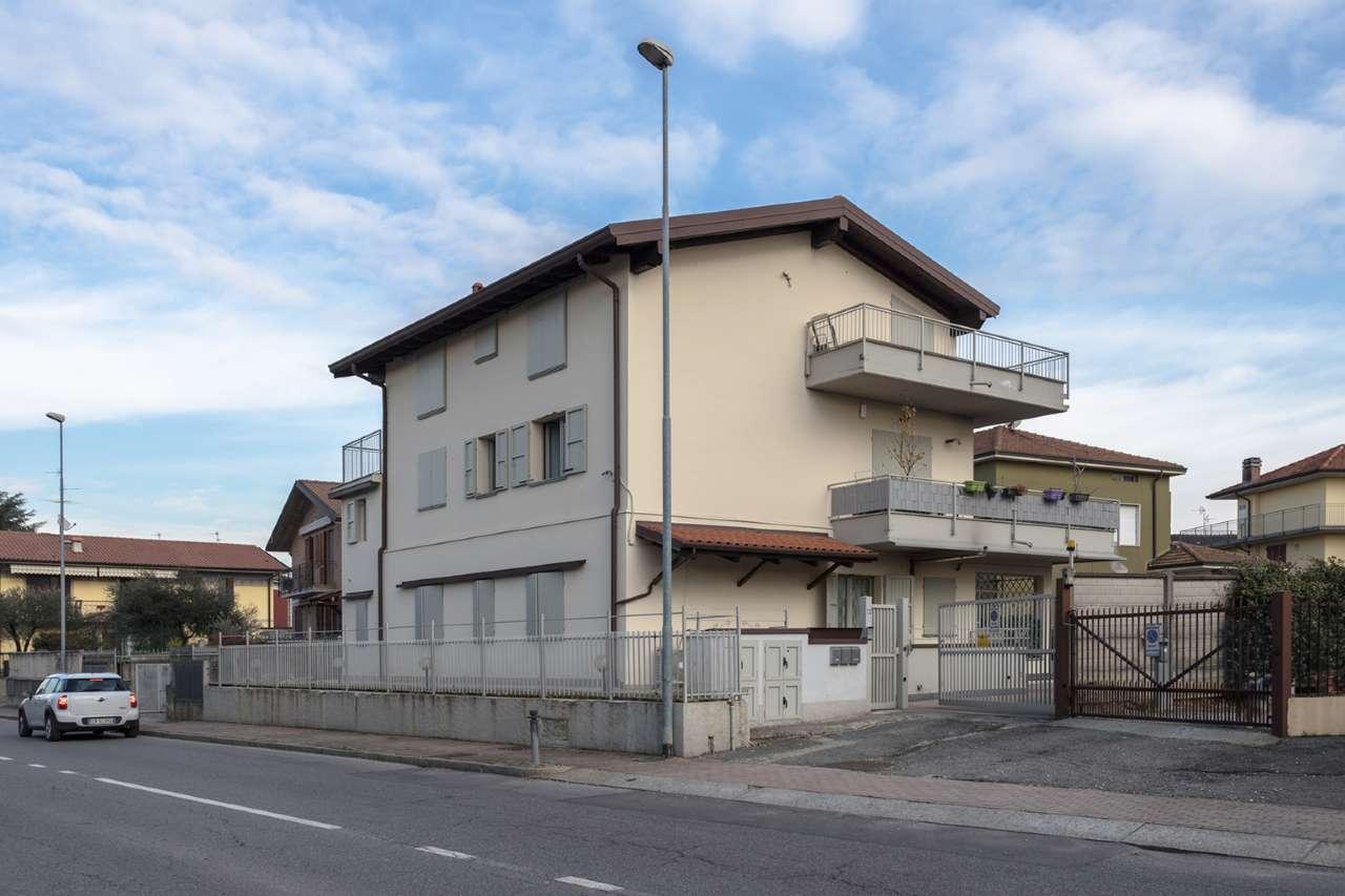 Appartamento in vendita a Capriate San Gervasio, 3 locali, prezzo € 98.000 | CambioCasa.it