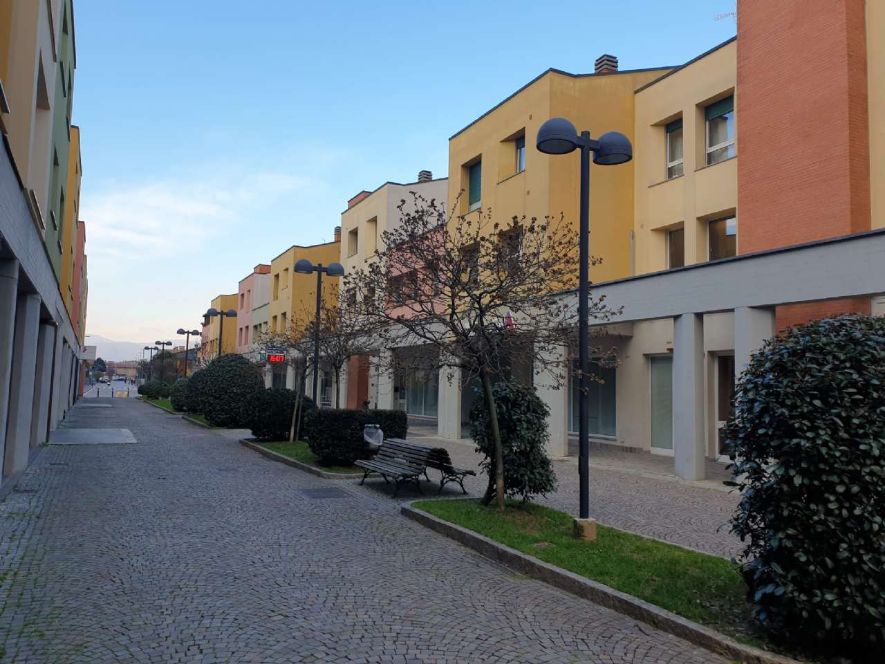 Ufficio / Studio in vendita a Grassobbio, 6 locali, prezzo € 130.000 | PortaleAgenzieImmobiliari.it