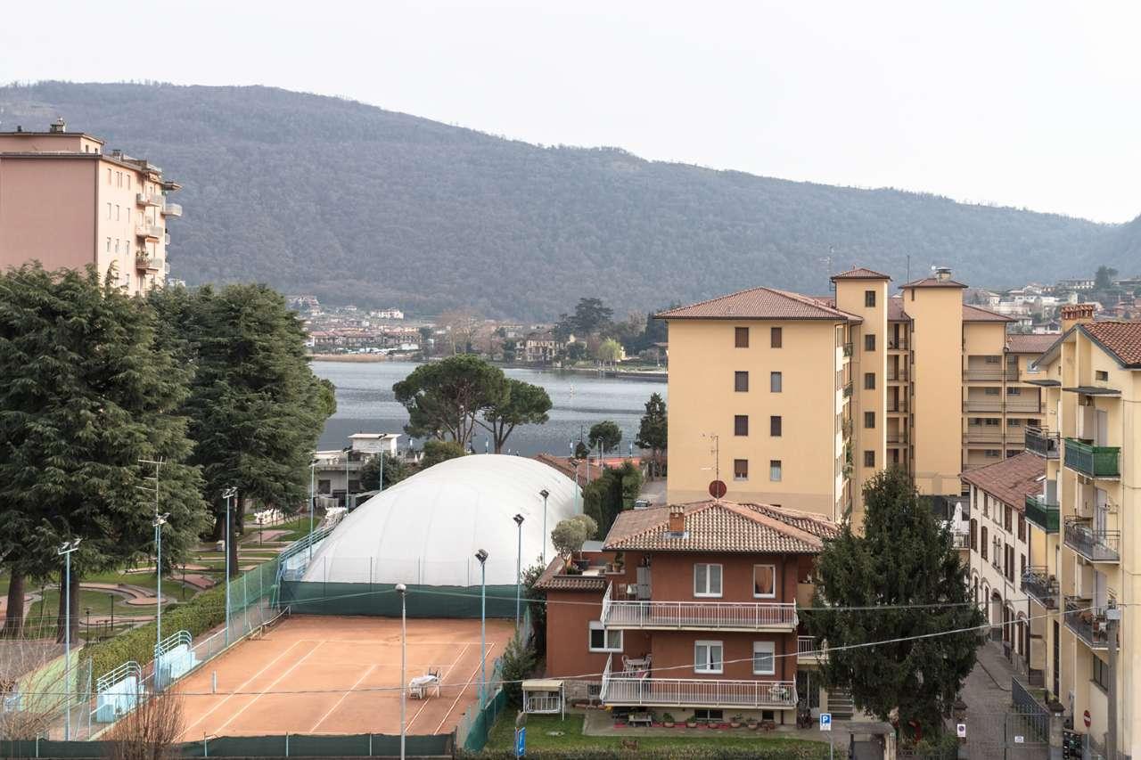 Appartamento in vendita a Sarnico, 3 locali, prezzo € 150.000   CambioCasa.it