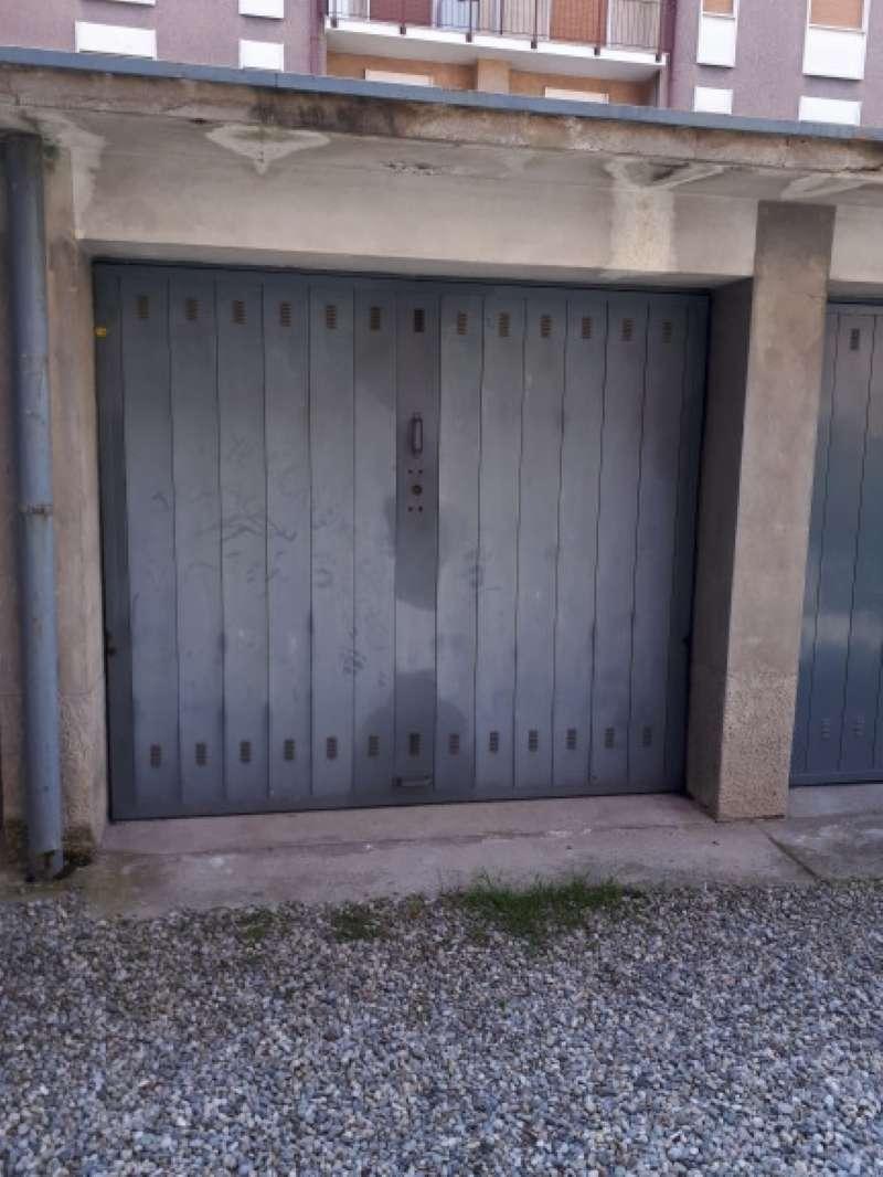 Box / Garage in Vendita a Arcore