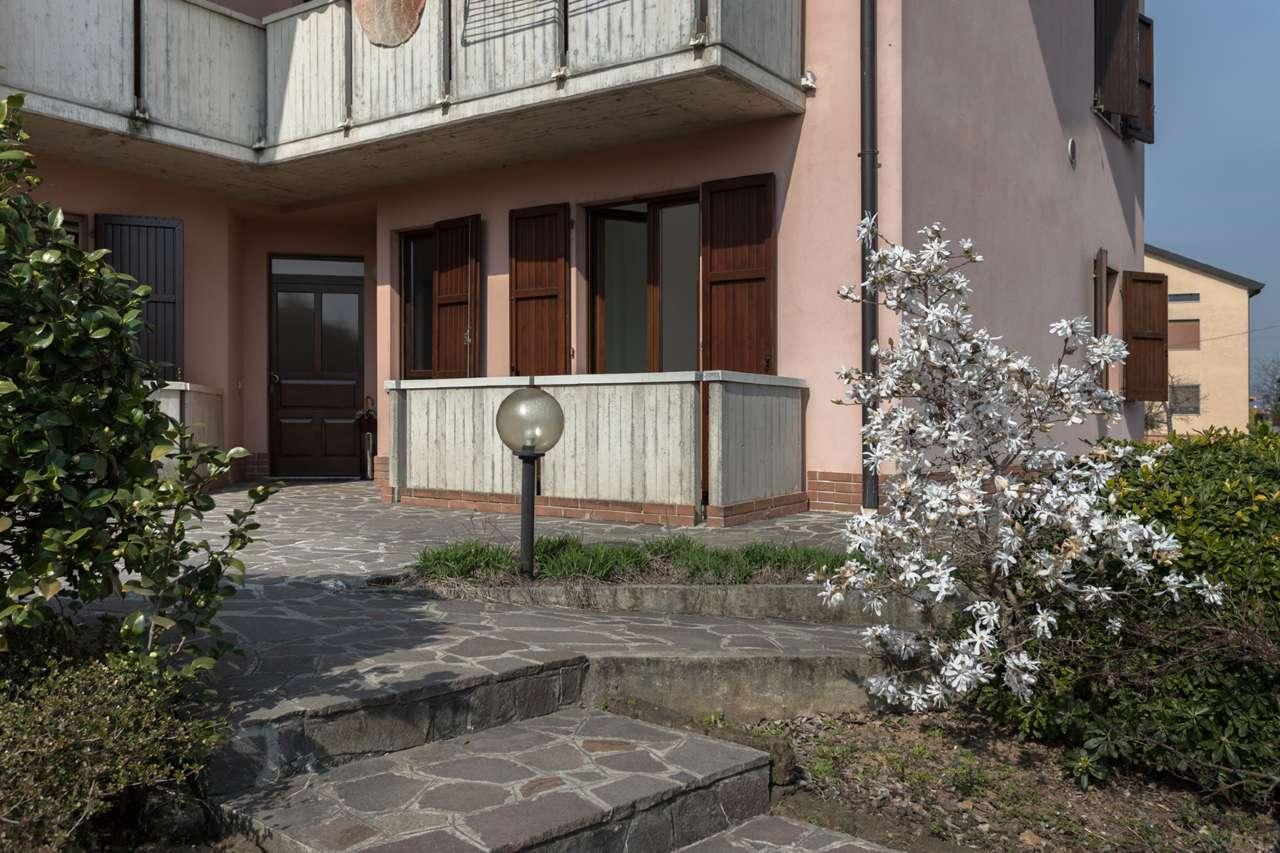 Appartamento in vendita a Bottanuco, 2 locali, prezzo € 85.000 | PortaleAgenzieImmobiliari.it
