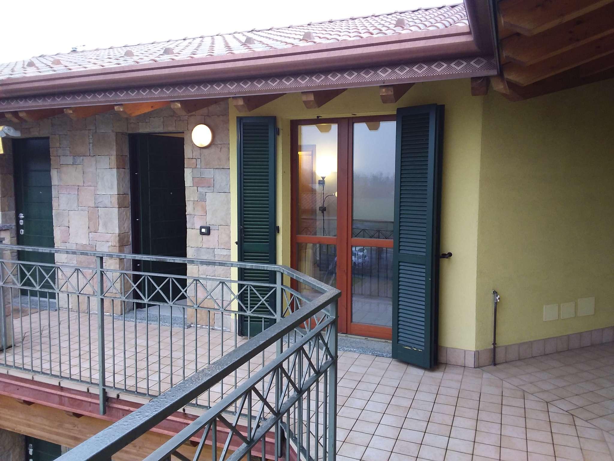 Appartamento in vendita a Boltiere, 2 locali, prezzo € 95.000 | PortaleAgenzieImmobiliari.it
