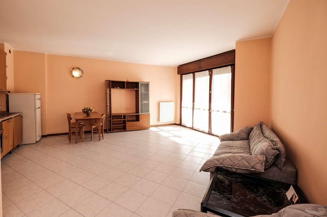 Appartamento in vendita a Boltiere, 2 locali, prezzo € 79.000 | PortaleAgenzieImmobiliari.it
