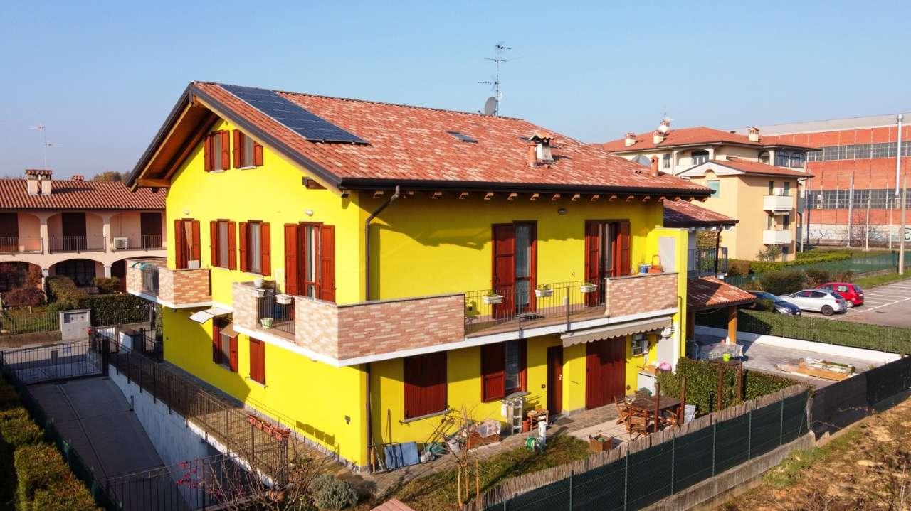 Appartamento in vendita a Terno d'Isola, 4 locali, prezzo € 210.000 | PortaleAgenzieImmobiliari.it