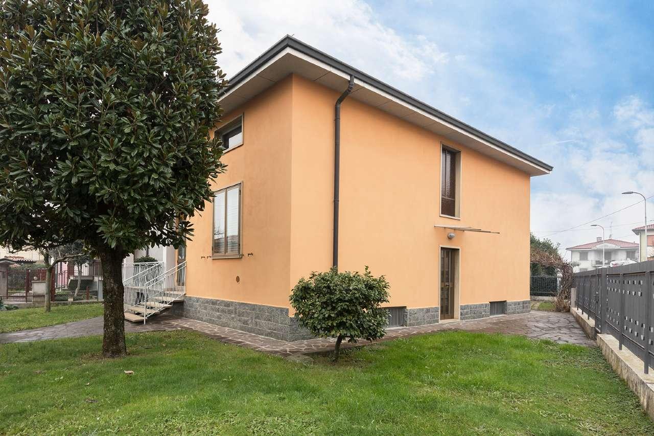 Villa in vendita a Brembate, 4 locali, prezzo € 229.000 | PortaleAgenzieImmobiliari.it