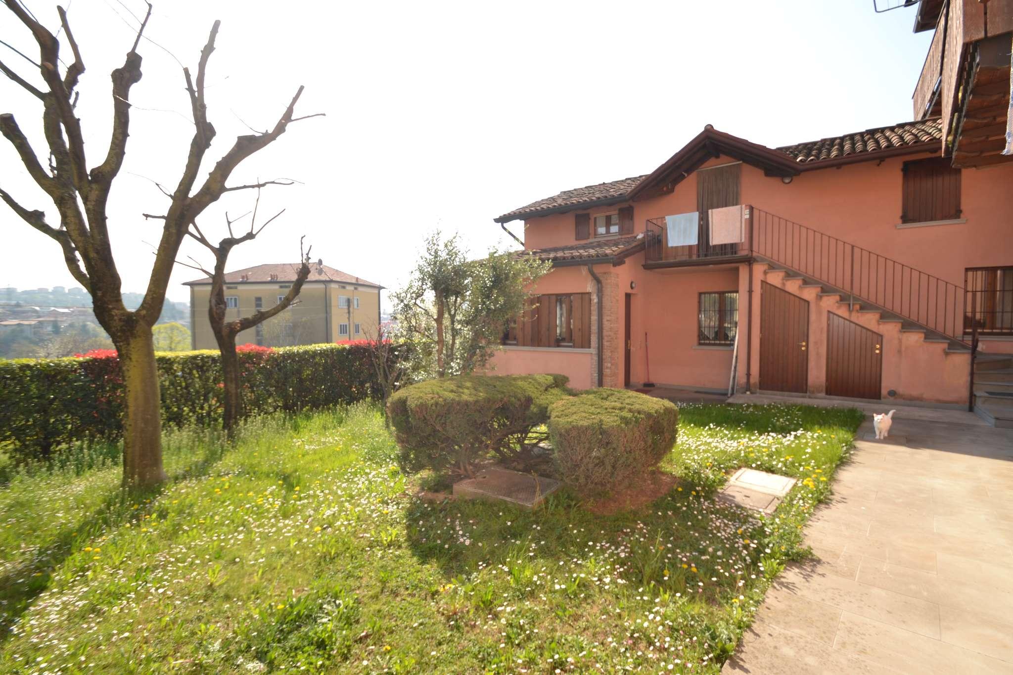 Appartamento in affitto a Almenno San Salvatore, 2 locali, prezzo € 290 | CambioCasa.it