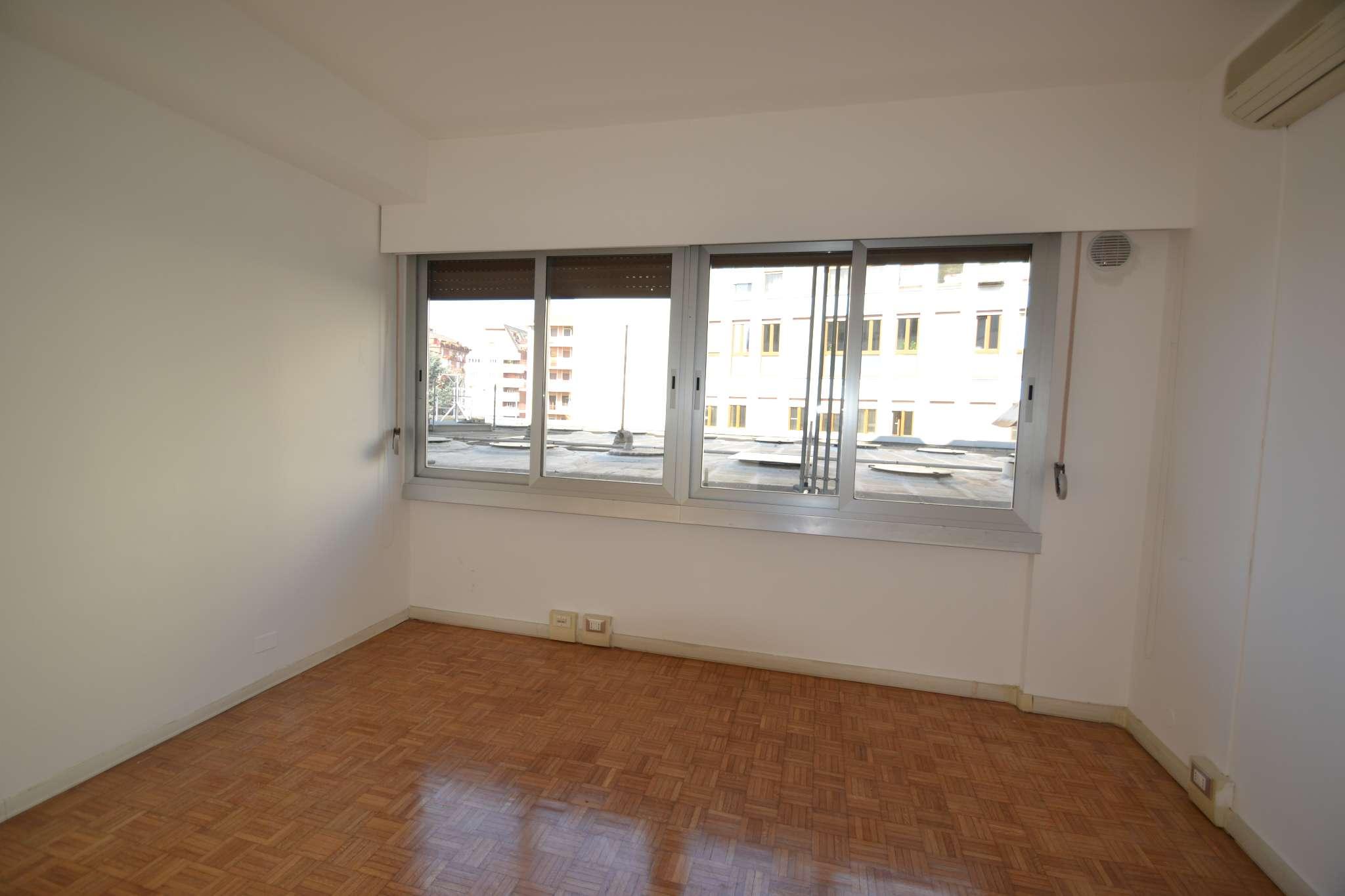 Ufficio / Studio in affitto a Bergamo, 5 locali, prezzo € 1.200 | PortaleAgenzieImmobiliari.it