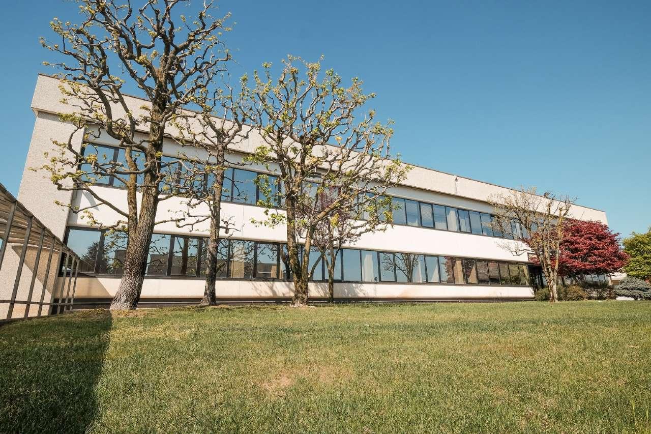Capannone in affitto a Mapello, 9999 locali, prezzo € 25.000 | PortaleAgenzieImmobiliari.it