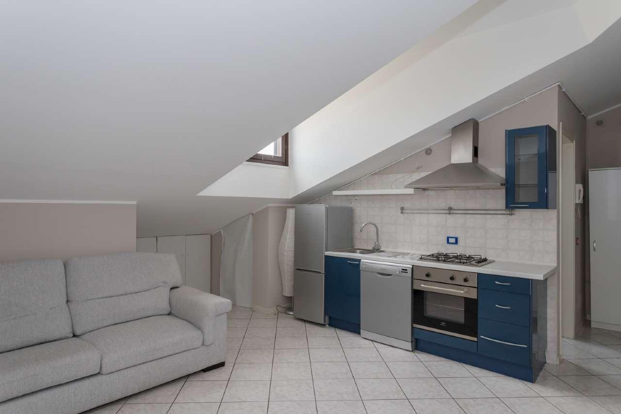 Appartamento in vendita a Trezzano Rosa, 2 locali, prezzo € 65.000 | PortaleAgenzieImmobiliari.it