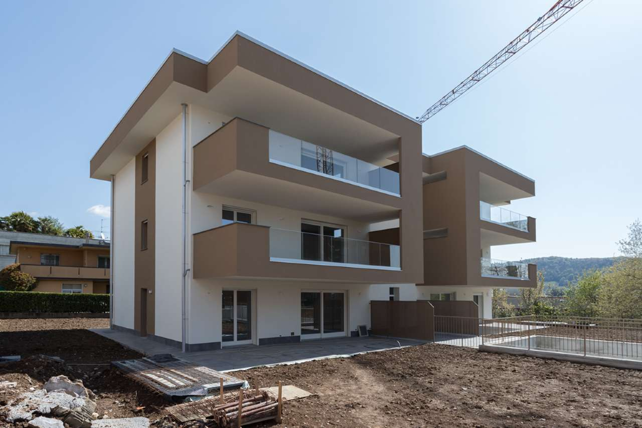 Appartamento in vendita a Alzano Lombardo, 7 locali, prezzo € 325.000 | PortaleAgenzieImmobiliari.it