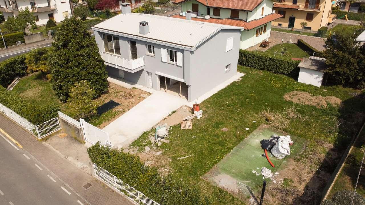 Villa in vendita a Bonate Sotto, 5 locali, prezzo € 319.000 | PortaleAgenzieImmobiliari.it