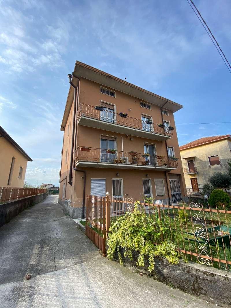 Attico / Mansarda in affitto a Carvico, 2 locali, prezzo € 400 | CambioCasa.it