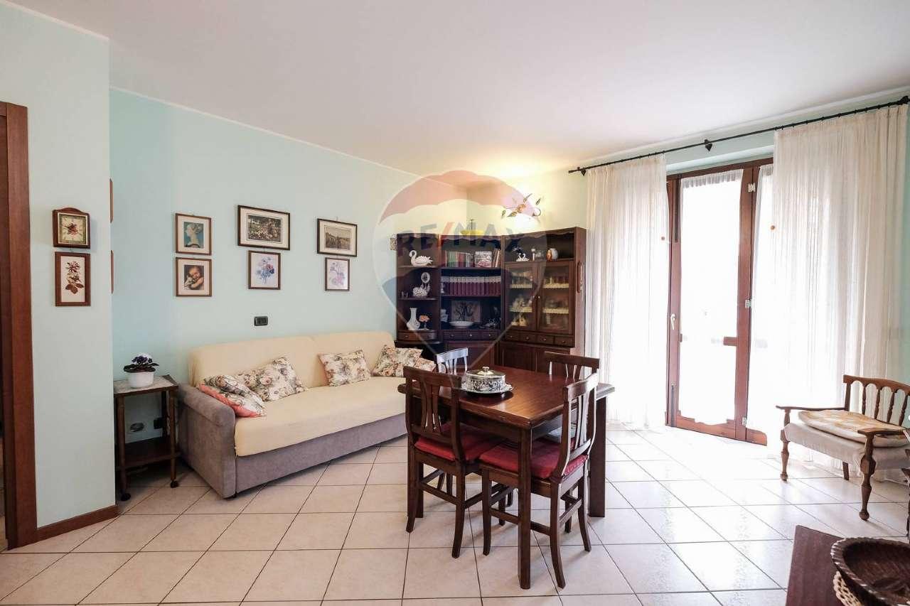 Appartamento in vendita a Bonate Sotto, 3 locali, prezzo € 126.000 | PortaleAgenzieImmobiliari.it
