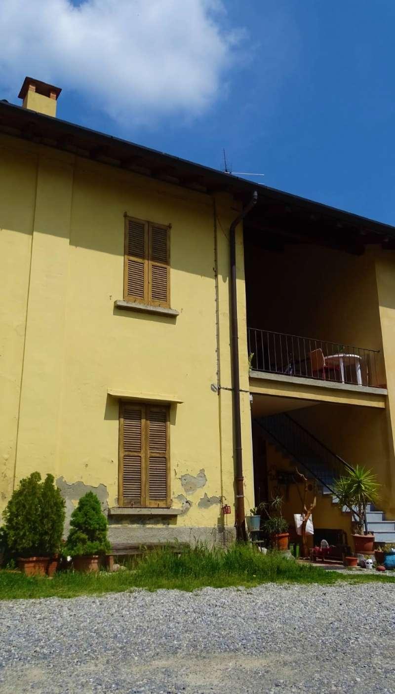 Rustico / Casale in Vendita a Cornate d'Adda