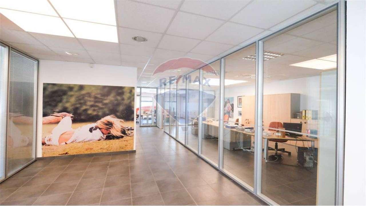 Ufficio / Studio in affitto a Medolago, 1 locali, prezzo € 2.900 | PortaleAgenzieImmobiliari.it