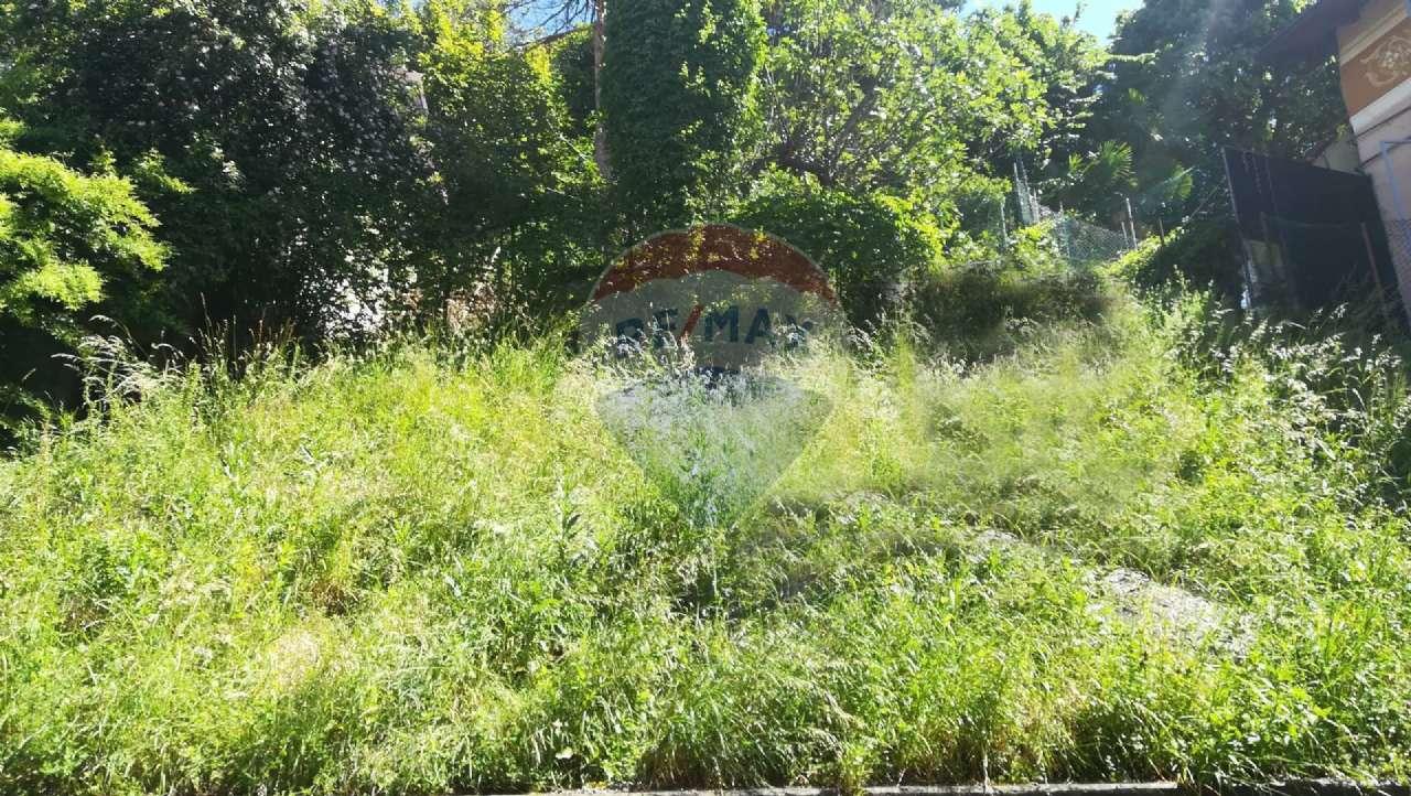 Rustico / Casale in vendita a Villa d'Adda, 15 locali, prezzo € 200.000   PortaleAgenzieImmobiliari.it