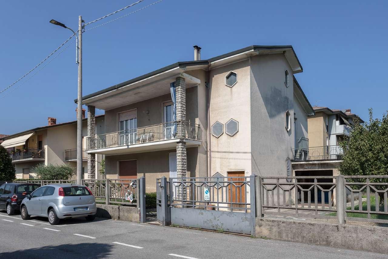 Villa in vendita a Brembate di Sopra, 6 locali, prezzo € 285.000 | PortaleAgenzieImmobiliari.it