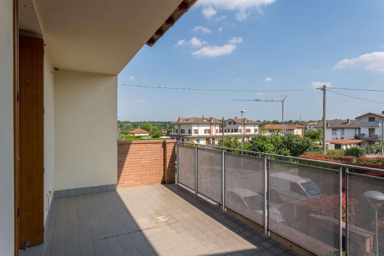 Appartamento in vendita a Filago, 4 locali, prezzo € 160.000 | PortaleAgenzieImmobiliari.it