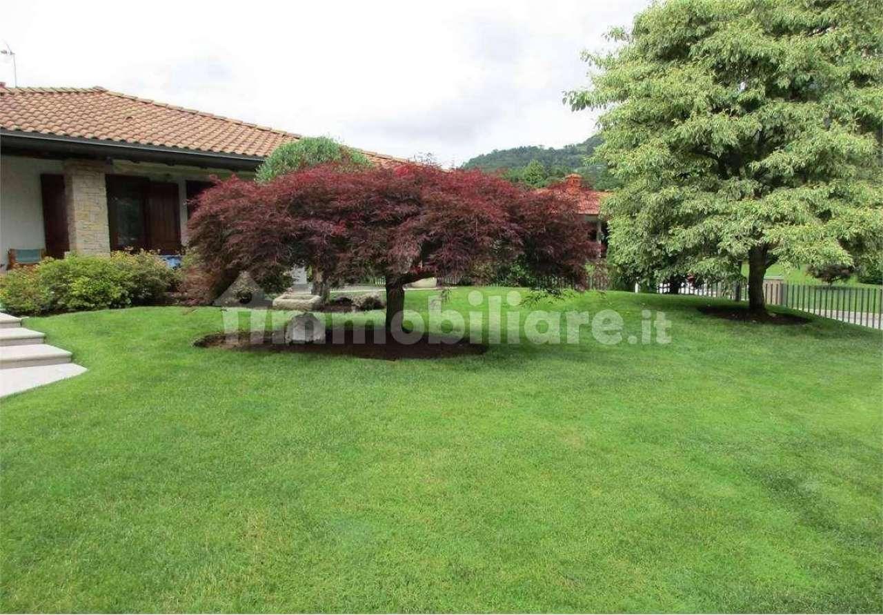 Villa in vendita a Capizzone, 5 locali, prezzo € 500.000 | PortaleAgenzieImmobiliari.it