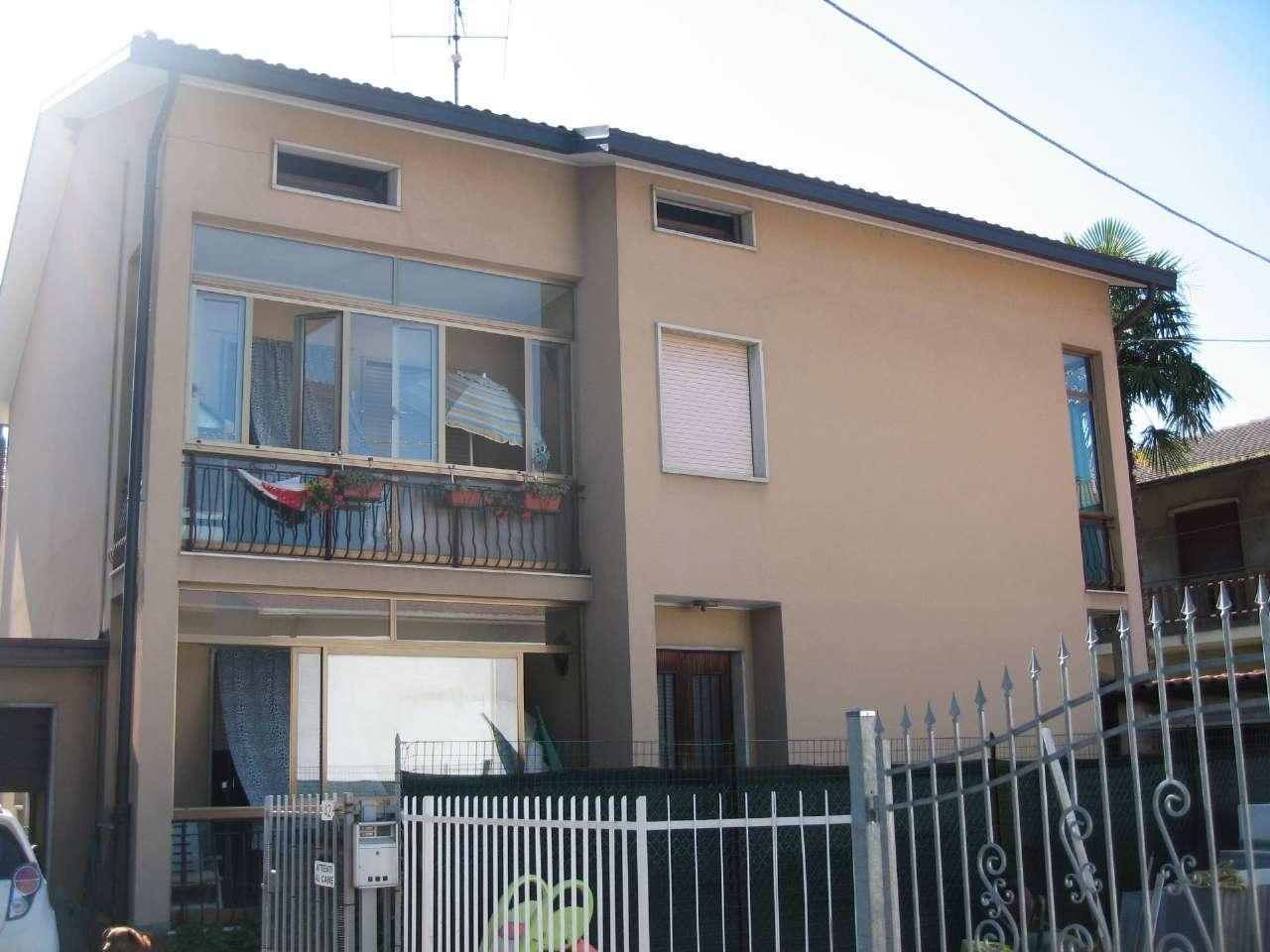Soluzione Indipendente in vendita a Brembate di Sopra, 8 locali, prezzo € 196.000 | PortaleAgenzieImmobiliari.it