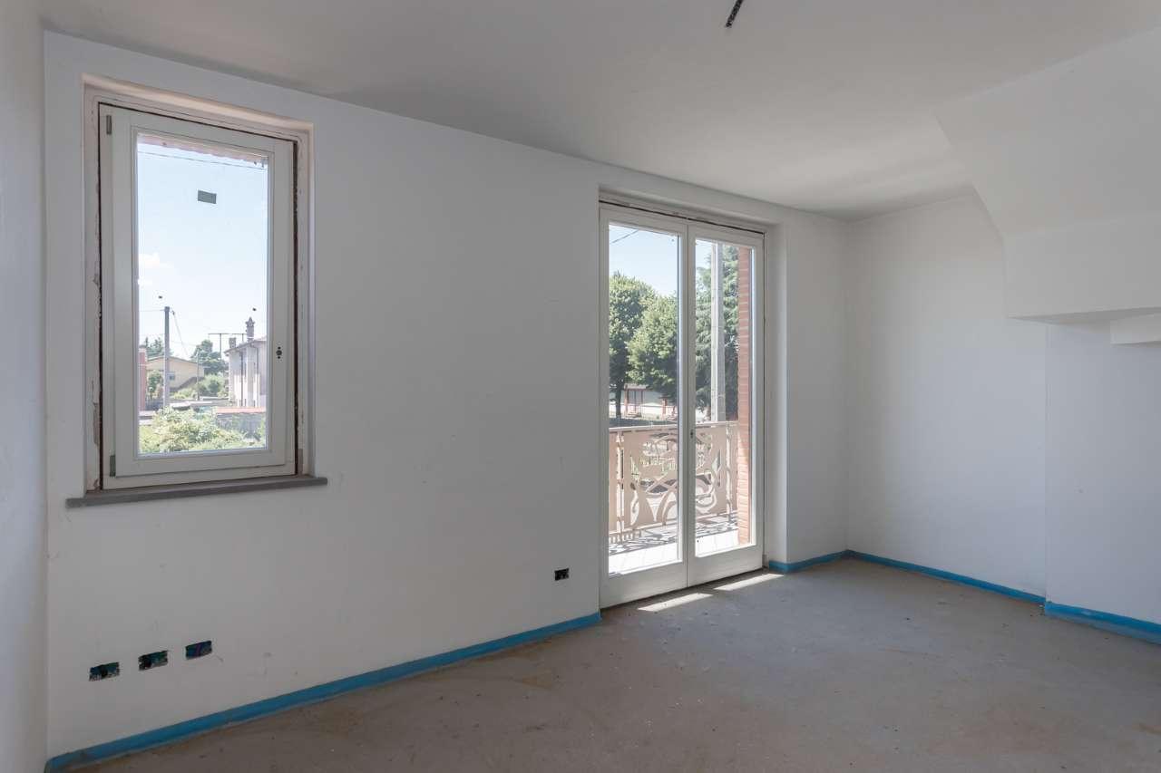 Appartamento in vendita a Bottanuco, 3 locali, prezzo € 258.000 | CambioCasa.it