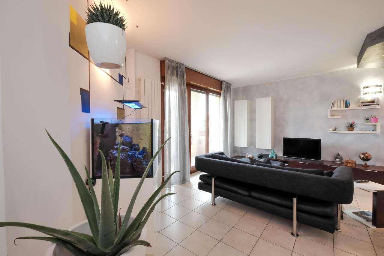 Appartamento in vendita a Bonate Sopra, 3 locali, prezzo € 139.000   CambioCasa.it