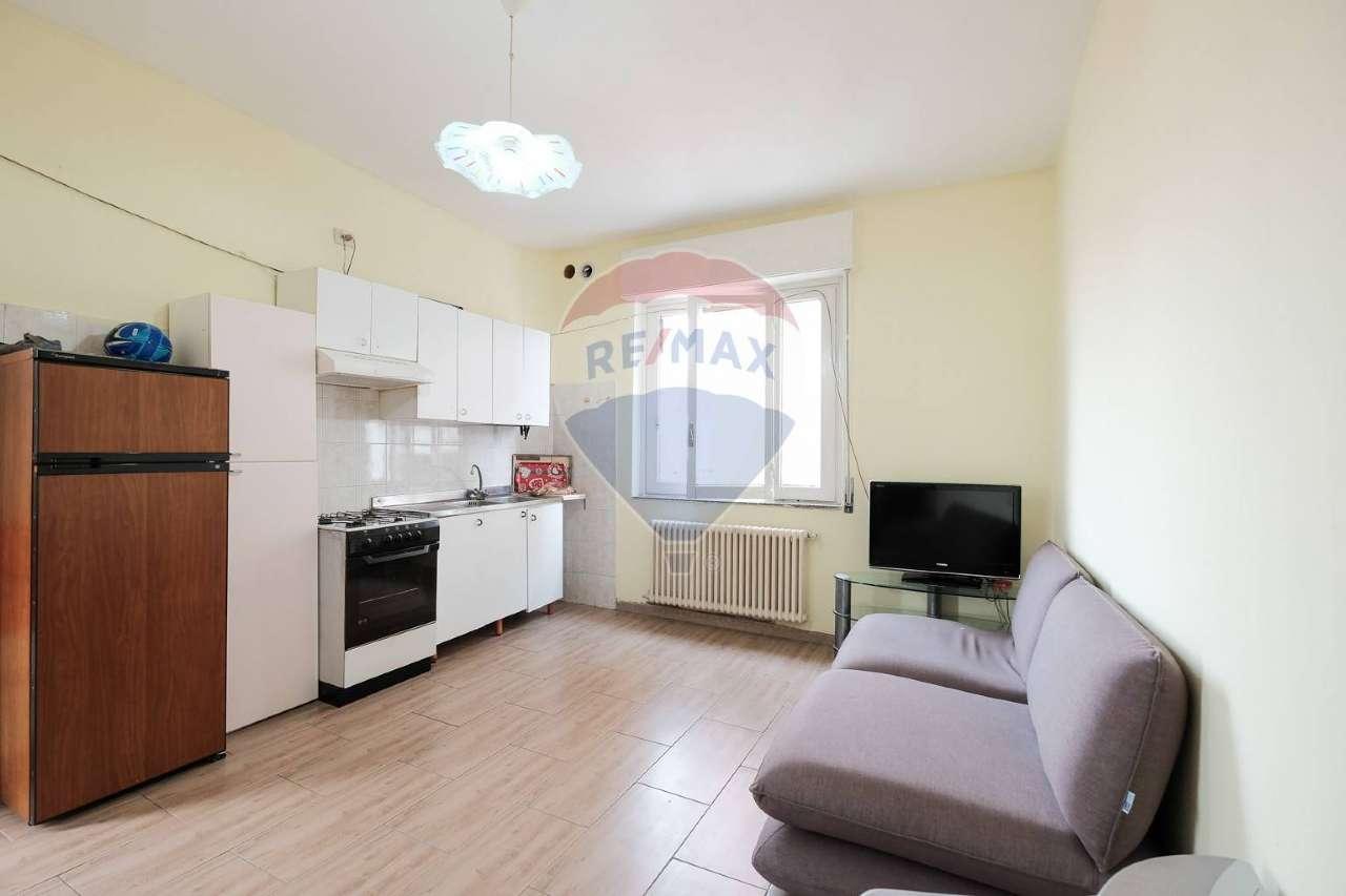 Appartamento in vendita a Osio Sotto, 3 locali, prezzo € 63.000 | PortaleAgenzieImmobiliari.it