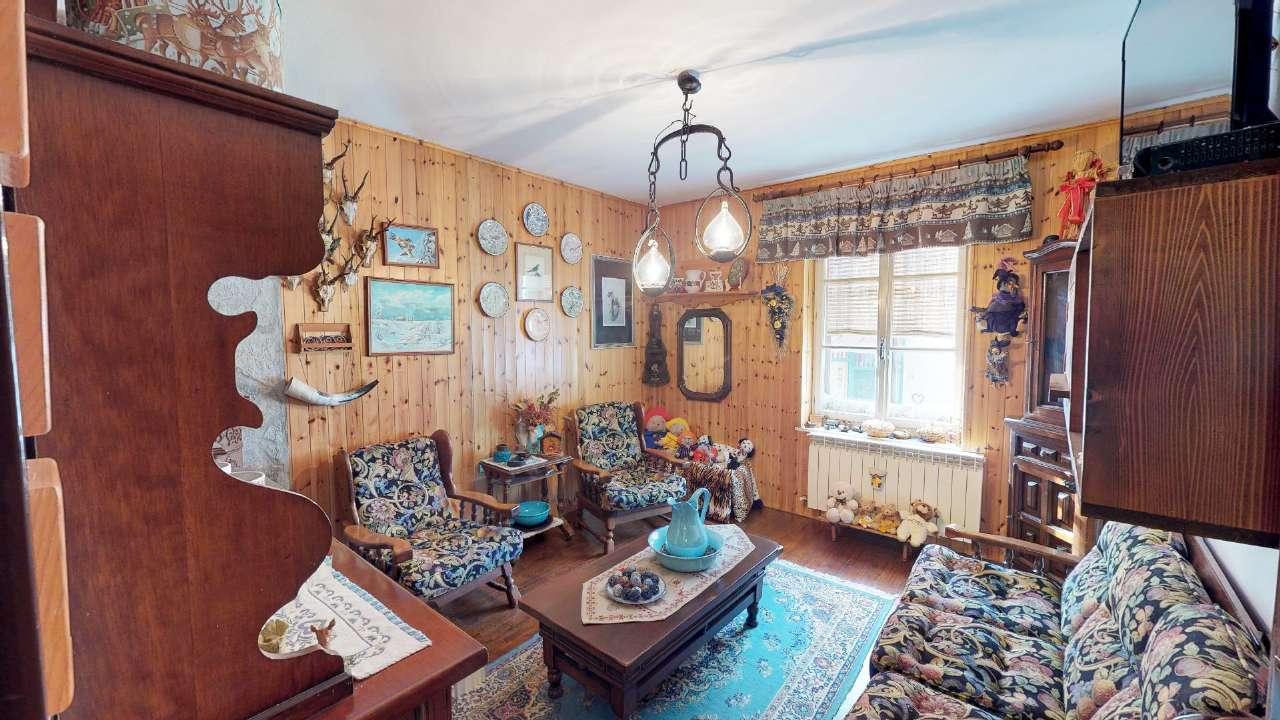 Appartamento ristrutturato arredato in vendita Rif. 9292293
