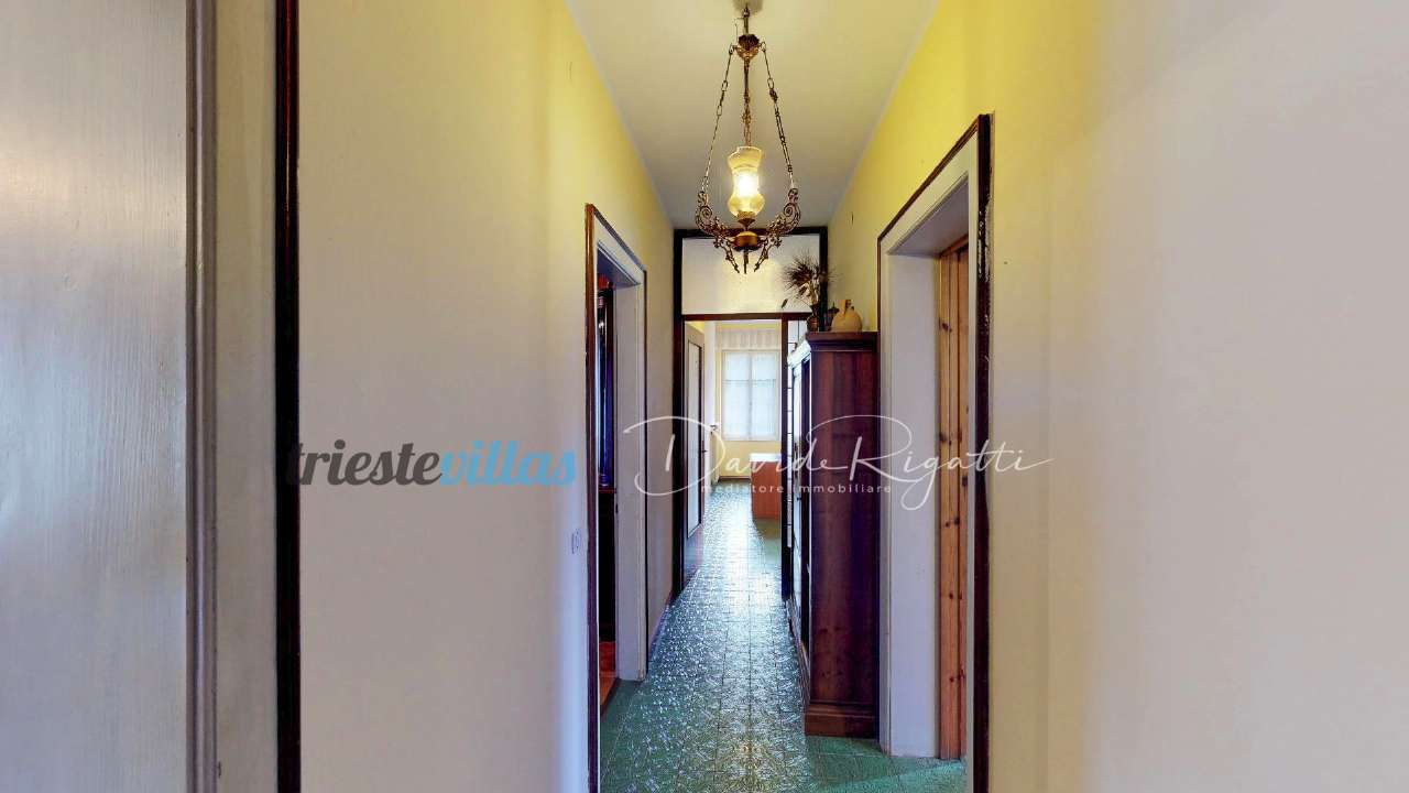 Appartamento in buone condizioni arredato in vendita Rif. 8819252