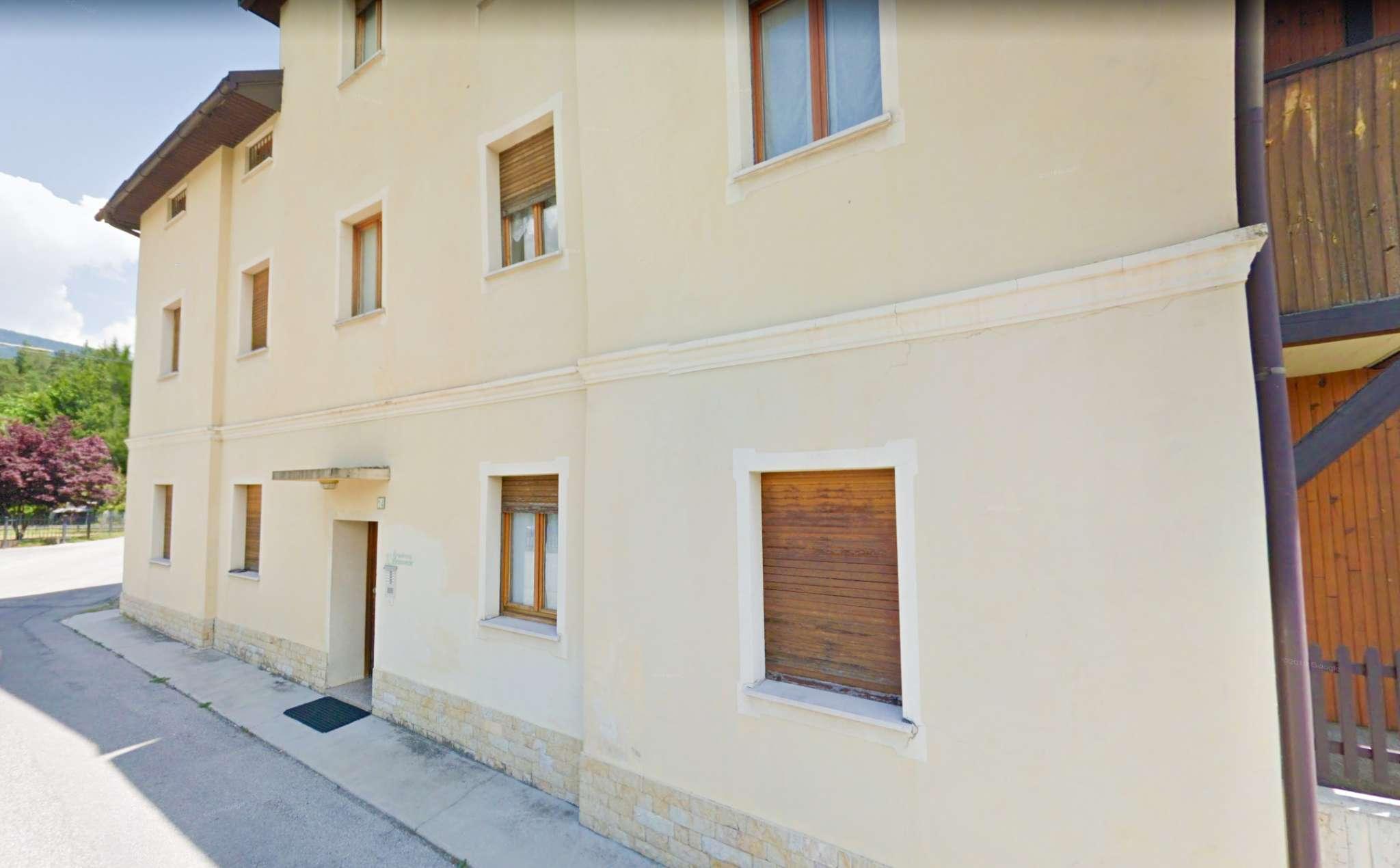Appartamento in vendita a Tarvisio, 3 locali, prezzo € 51.000   CambioCasa.it
