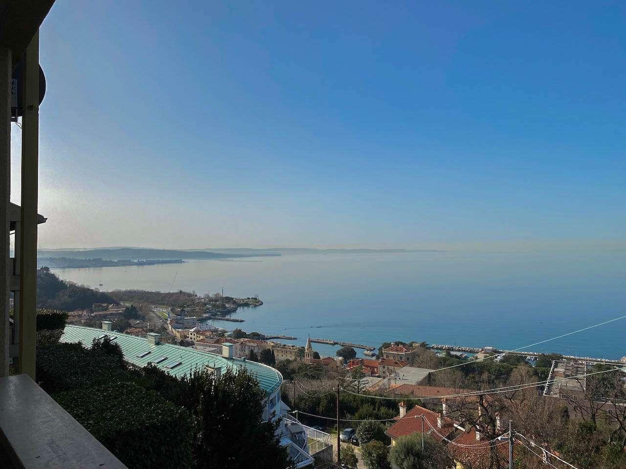 Appartamento in vendita a Trieste, 7 locali, prezzo € 438.000 | PortaleAgenzieImmobiliari.it