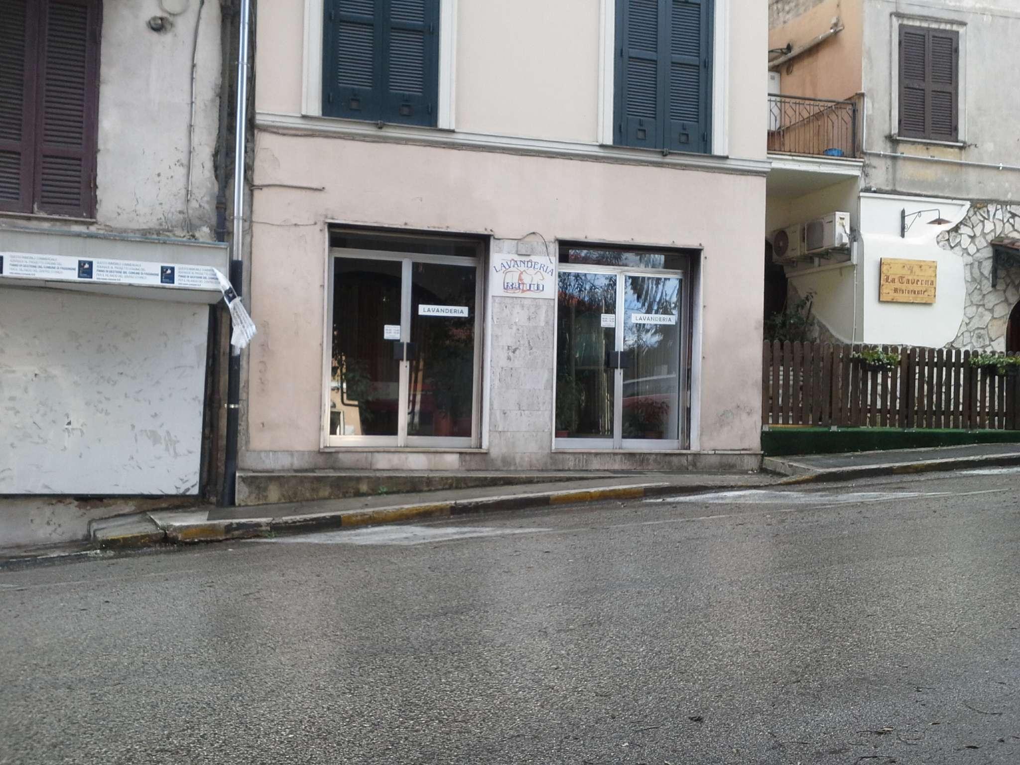 Negozio / Locale in vendita a Frosinone, 9999 locali, prezzo € 100.000 | CambioCasa.it