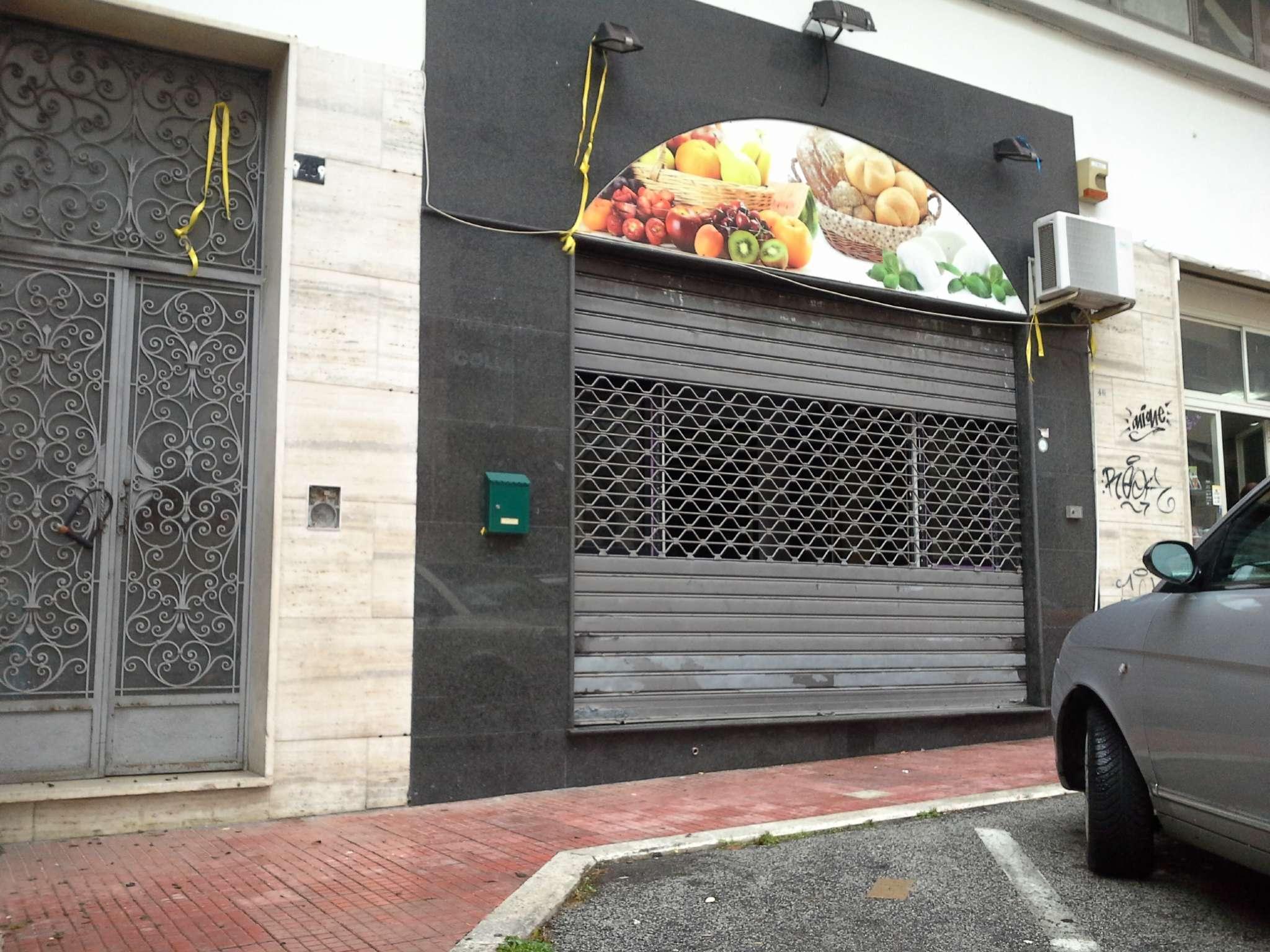 Negozio / Locale in affitto a Frosinone, 1 locali, prezzo € 500 | CambioCasa.it