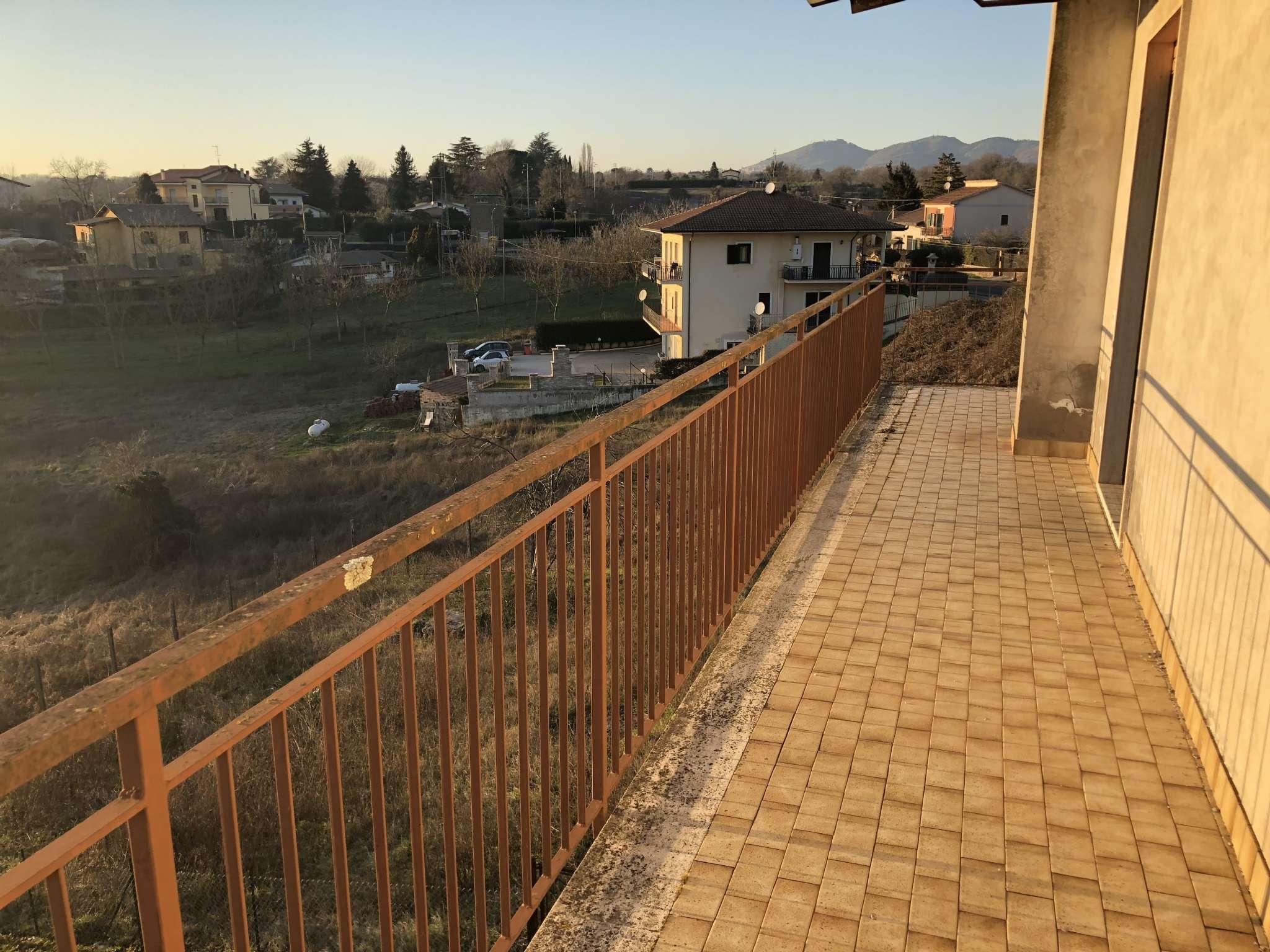 Appartamento in Vendita a Valmontone