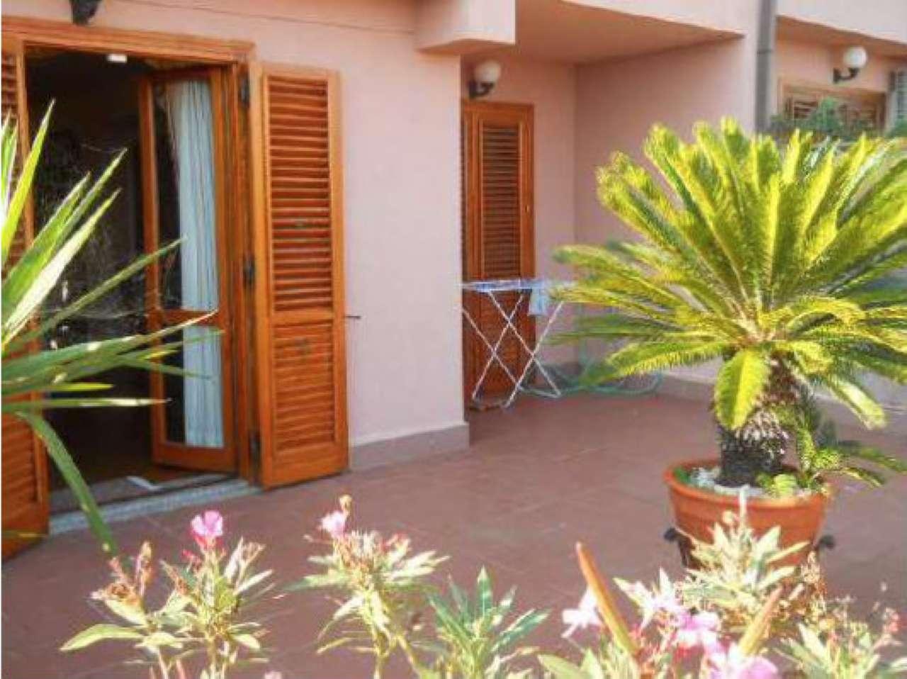 Casa Indipendente in discrete condizioni in vendita Rif. 8650166