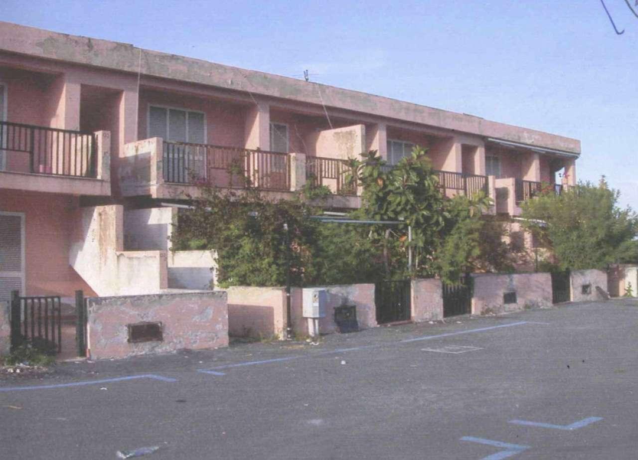Appartamento in condizioni mediocri in vendita Rif. 9292313