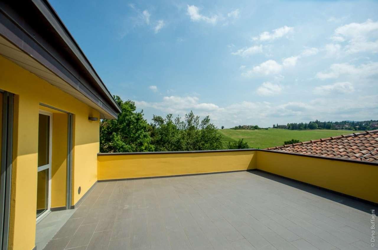 Appartamento in affitto a Monte San Pietro, 5 locali, prezzo € 1.400 | CambioCasa.it