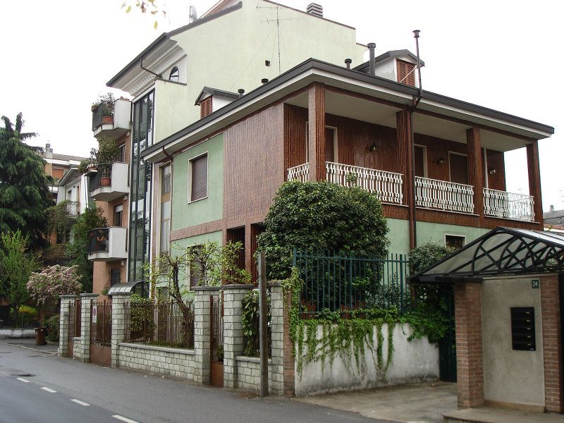 Appartamento in buone condizioni in affitto Rif. 7257074