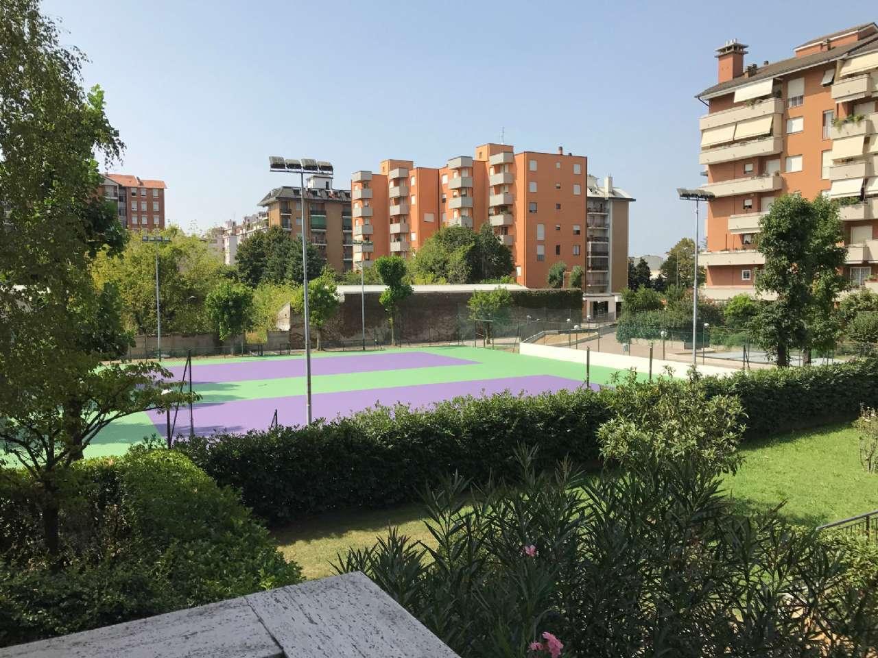 Appartamento in vendita a Bresso, 4 locali, prezzo € 290.000 | CambioCasa.it