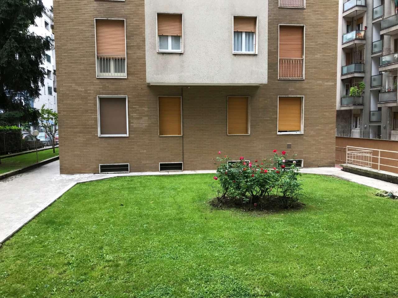 Appartamento in vendita a Bresso, 2 locali, prezzo € 110.000 | CambioCasa.it