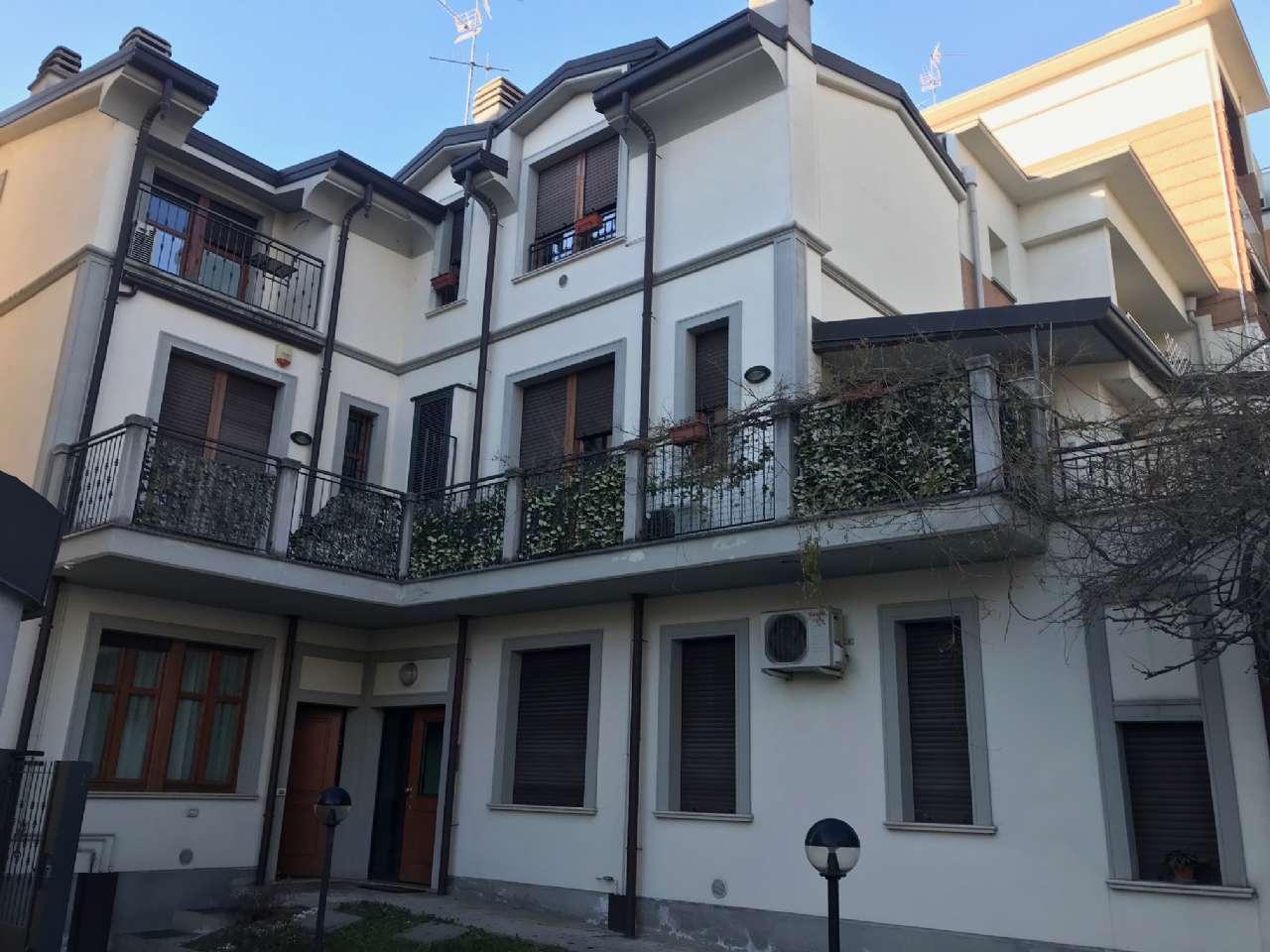 Appartamento arredato in vendita Rif. 9216350