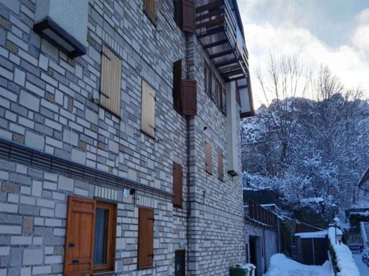Appartamento in vendita a Ovindoli, 3 locali, prezzo € 75.000 | CambioCasa.it