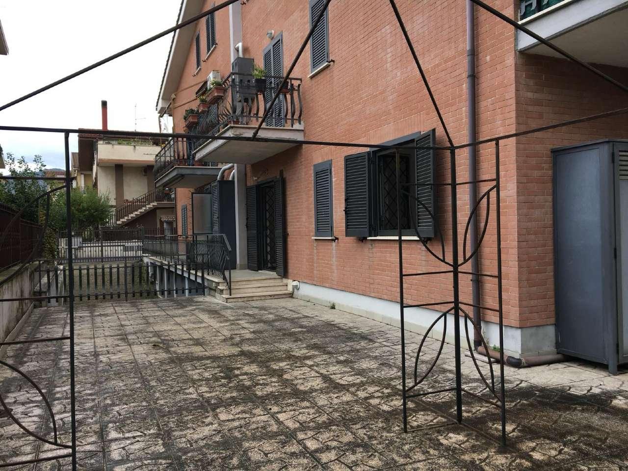 Appartamento in vendita a Guidonia Montecelio, 2 locali, prezzo € 79.000 | CambioCasa.it