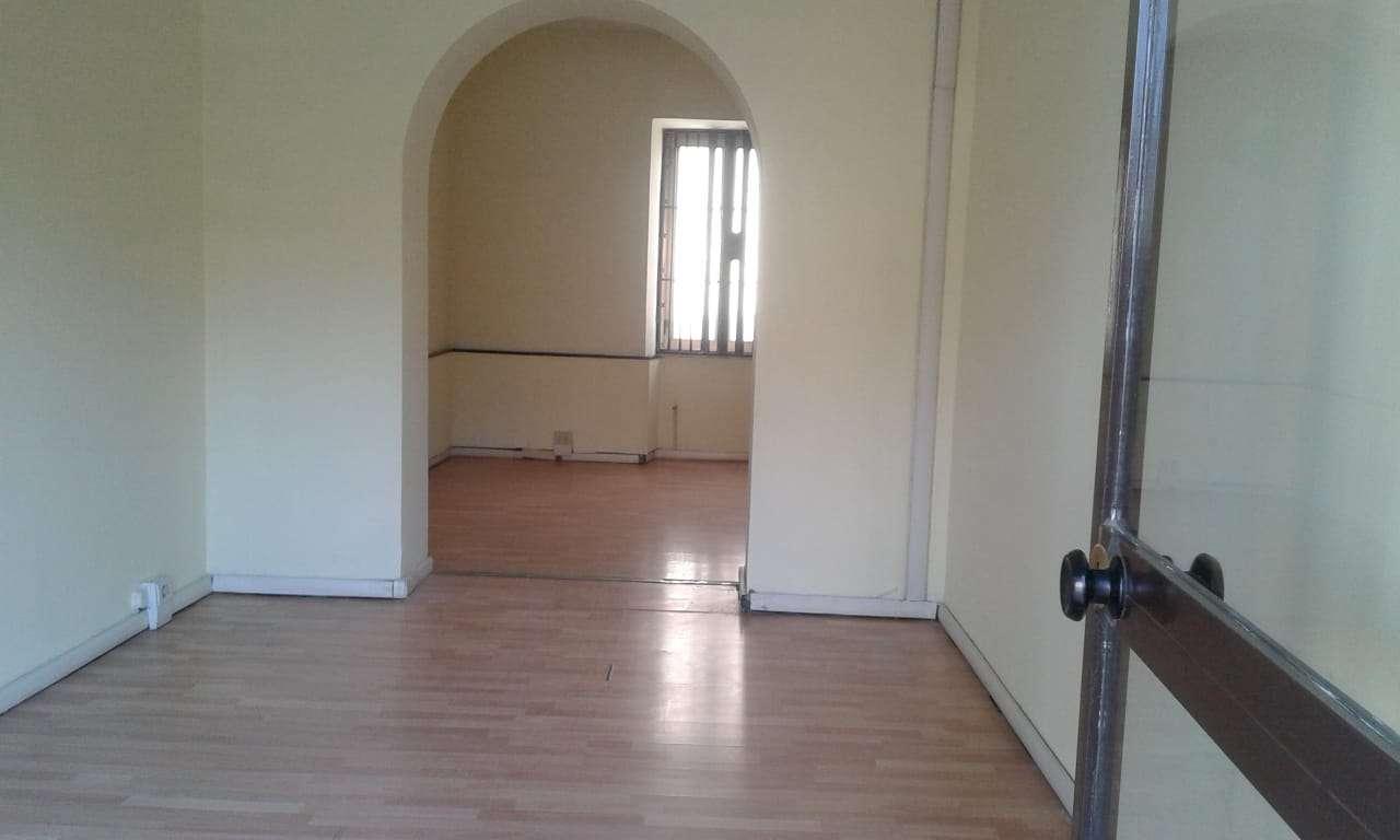 Ufficio / Studio in affitto a Guidonia Montecelio, 3 locali, prezzo € 800 | CambioCasa.it