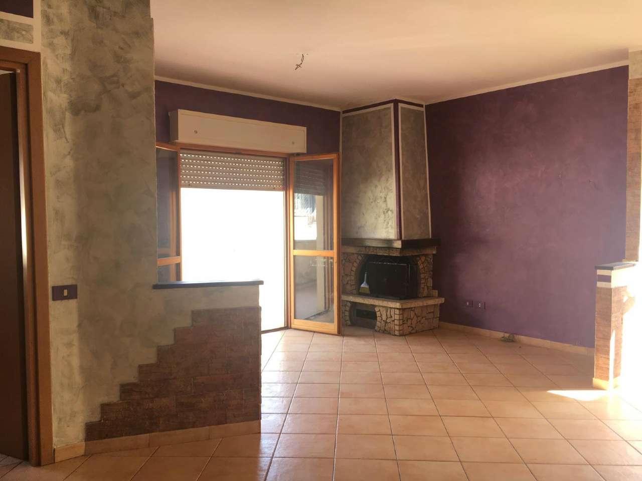 Appartamento in vendita a Guidonia Montecelio, 3 locali, prezzo € 138.000 | CambioCasa.it